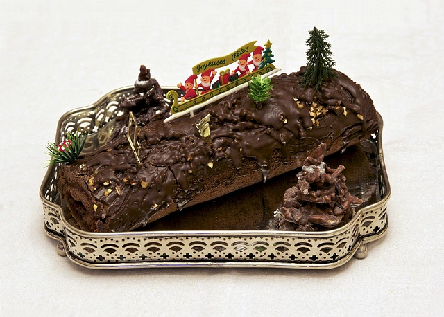 Новый год, едят, готовят, праздничные блюда, праздник